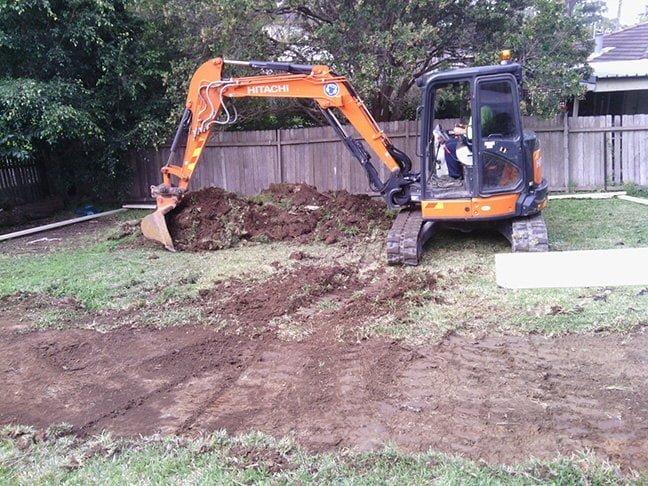 Build A Granny Flat Sydney Day1 Escavation.